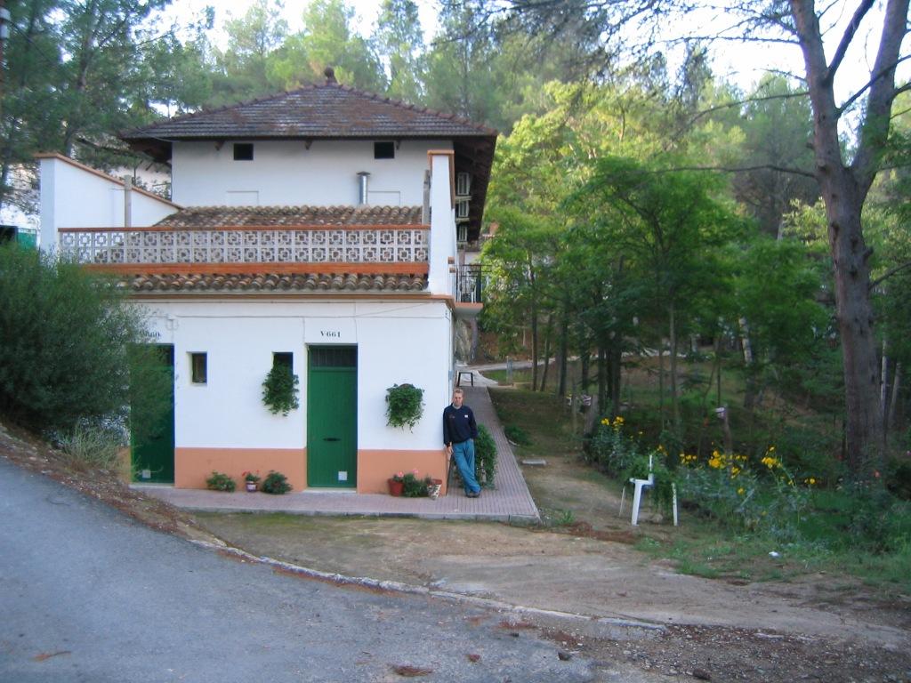 Balneario de Cofrentes (Valencia) octubre 2003