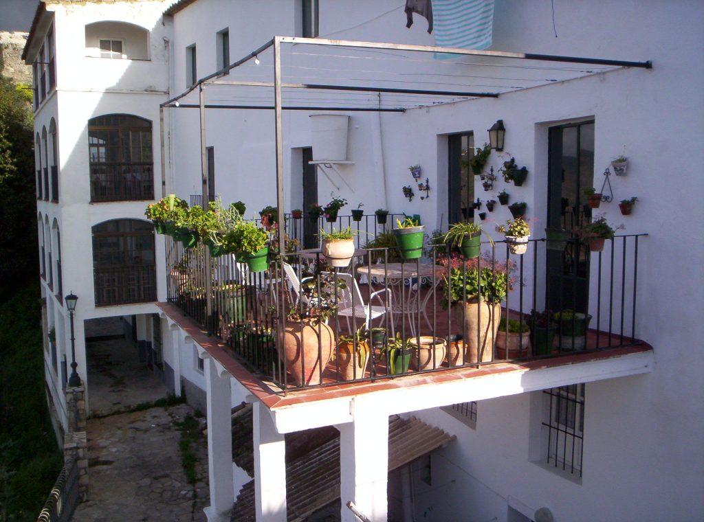 Zahara de La Sierra (Cádiz) marzo 2006