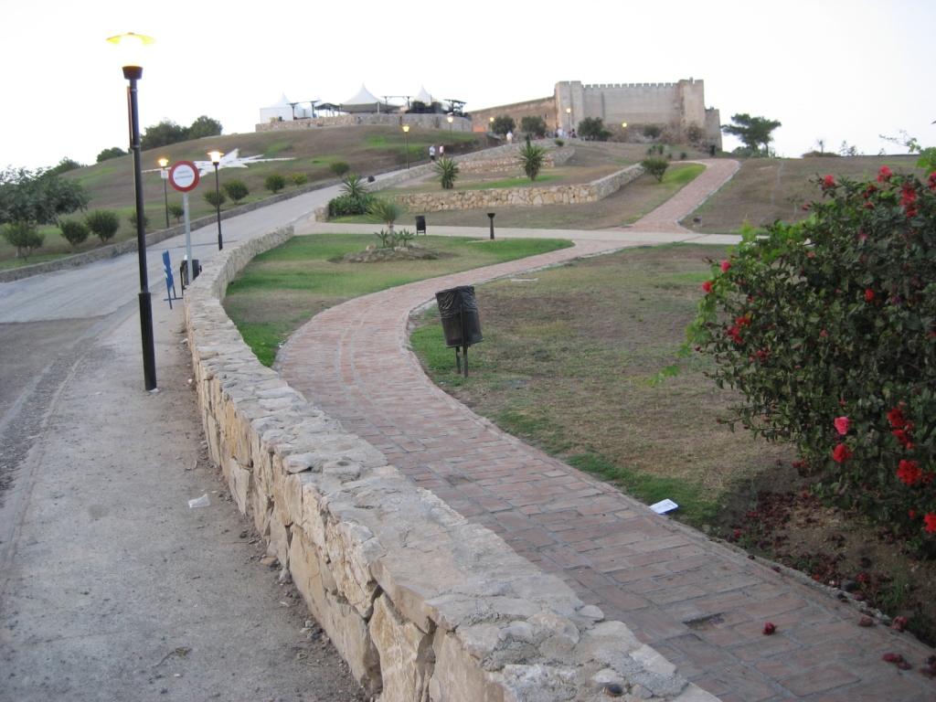Castillo Sohail Fuengirola (Málaga), agosto 2009 - Coordenadas GPS: 36°31′31″N 4°37′44″O