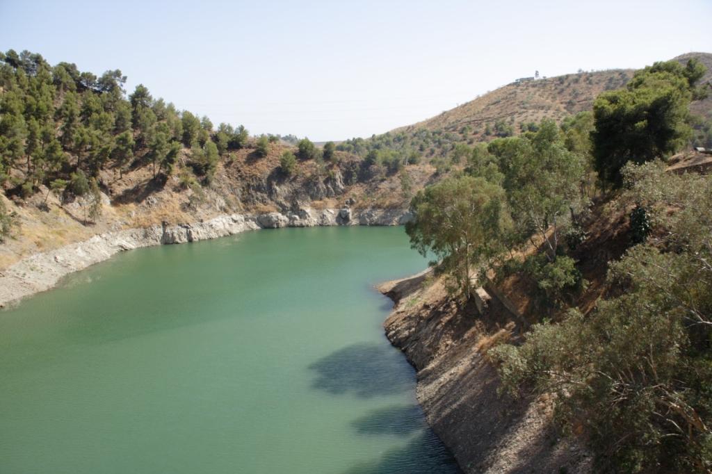"""Embalse del Agujero y Limonero Málaga, agosto 2009 - Coordenadas GPS: 36°46'27.1""""N 4°26'02.2""""W"""