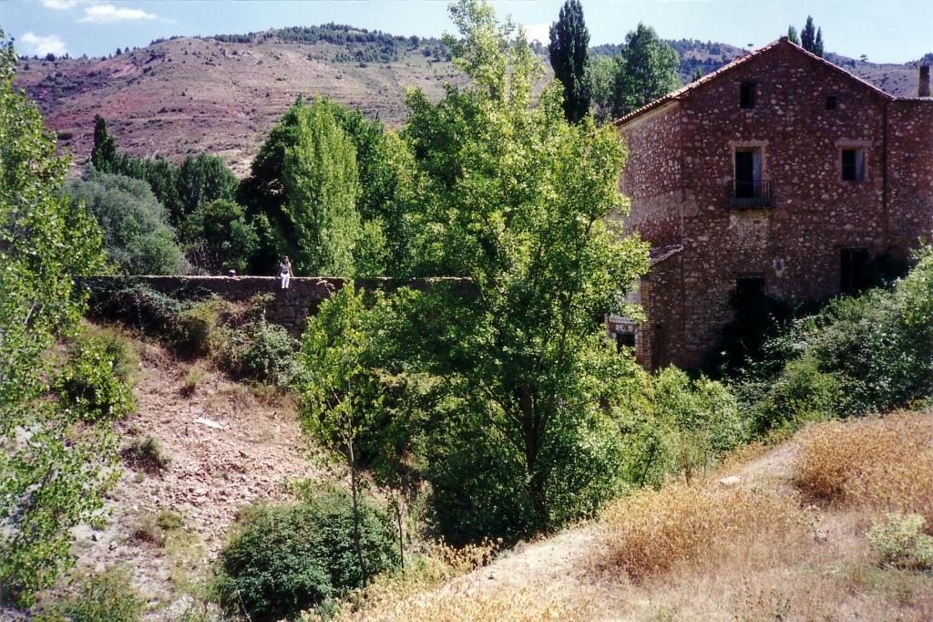 Camarena de La Sierra (Teruel) 1999