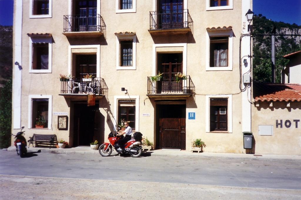 Camarena de La Sierra (Teruel) agosto 1999
