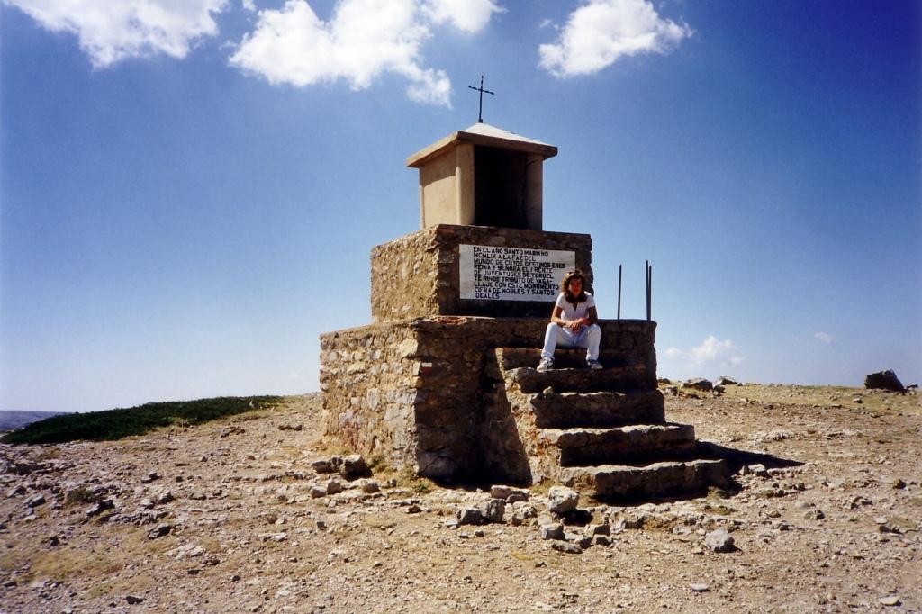 Pico de Javalambre (Teruel) agosto 1999 - Coordenadas GPS: 40°05'48.7″N 1°01'29.4″W
