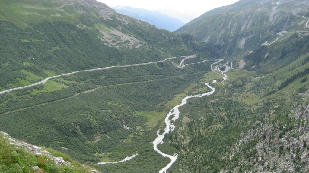 Bajando hacía Gletsch (Suiza)