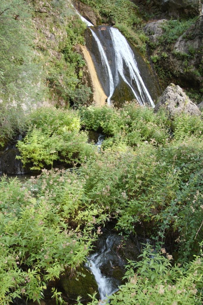 Nacimiento Río Mundo Riópar (Albacete), septiembre 2010