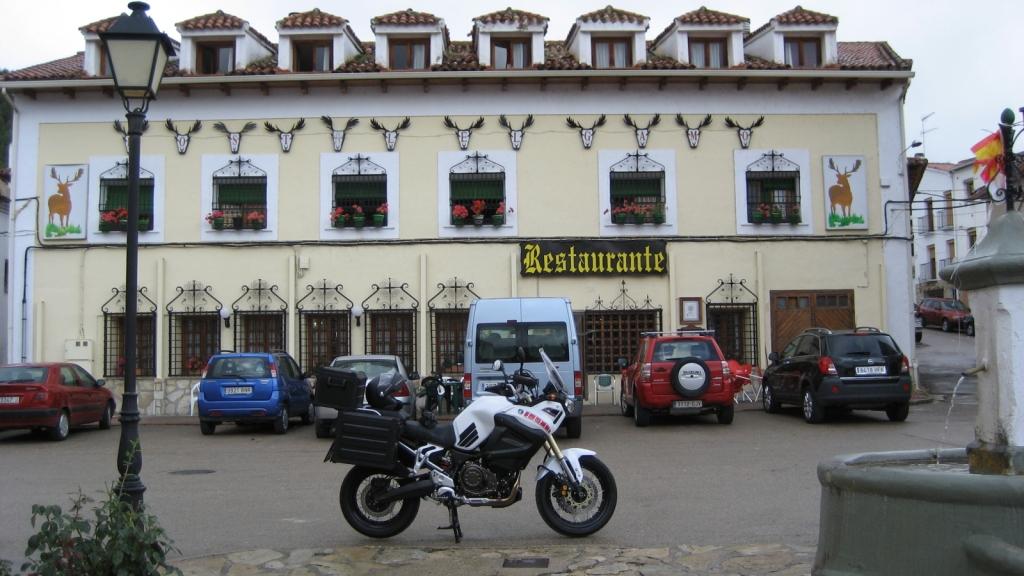 Nuestro hostal El Gamo en Tragacete (Cuenca), septiembre 2013