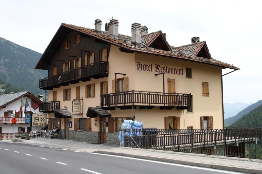 """Hotel Mont Velan, Saint Oyen (Valle de Aosta) - Coordenadas GPS: 45°49'29.9""""N 7°12'51.0""""E"""
