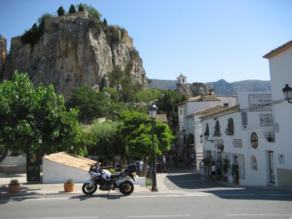 """El Castell de Guadalest (Alicante) - Coordenadas GPS: 38°40'33.6""""N 0°11'56.3""""W"""