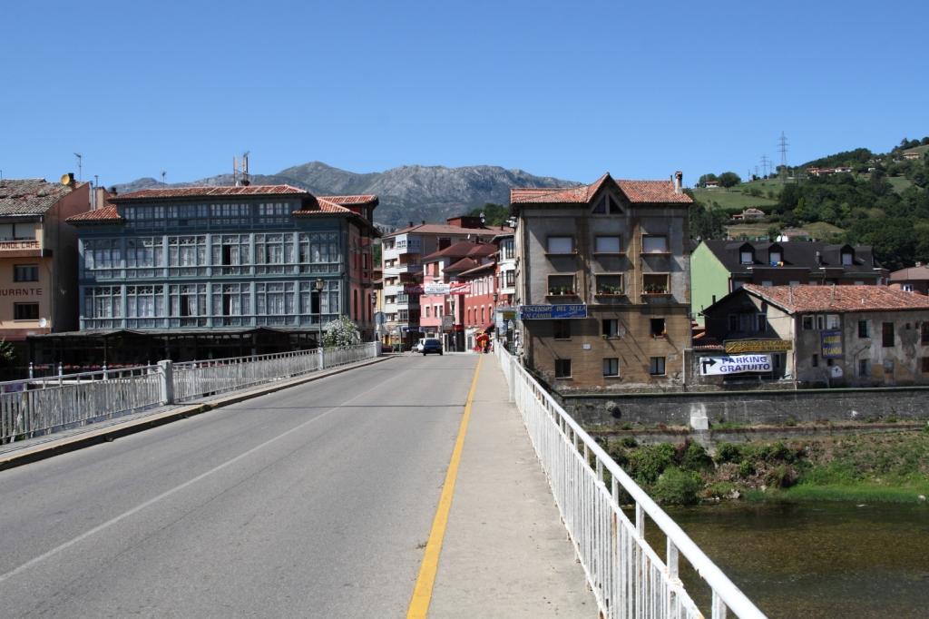 """Parres (Asturias) - Coordenadas GPS: 43°23'21.3""""N 5°10'59.3""""W"""